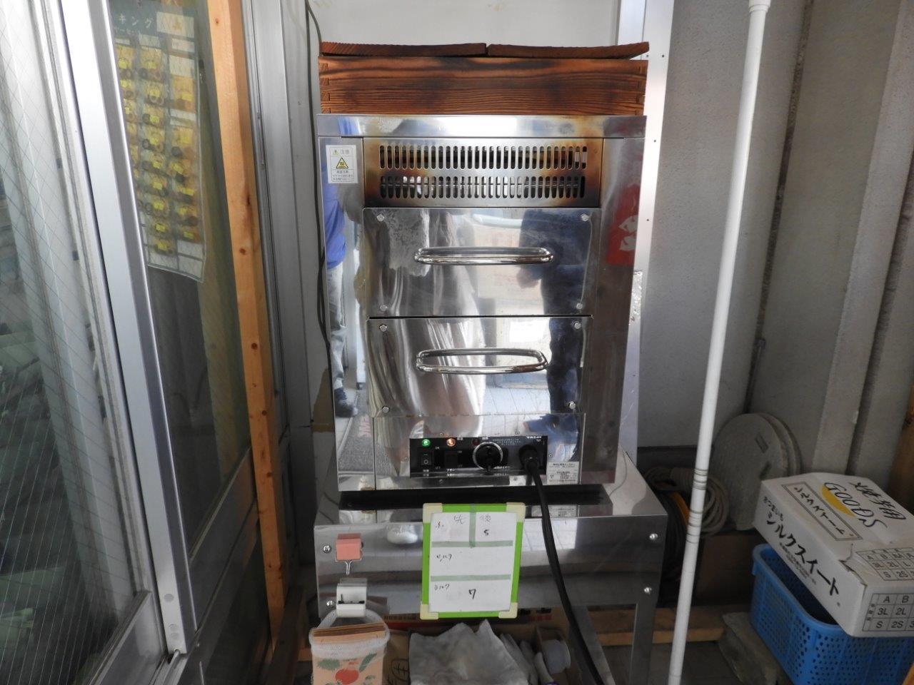 焼き芋を焼く機械